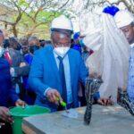 ESU-UNIKIN: Muhindo Nzangi pose la première pierre pour la réhabilitation des auditoires polyvalents